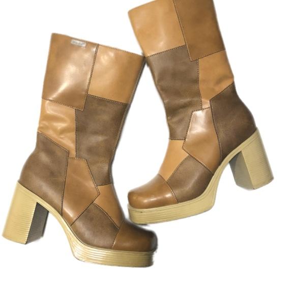 1f39ad5f877 Vintage 90's Tan Mudd Chunky heel boots size 7